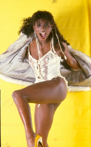 Sinitta single sleeve photoshoot outtake 1984