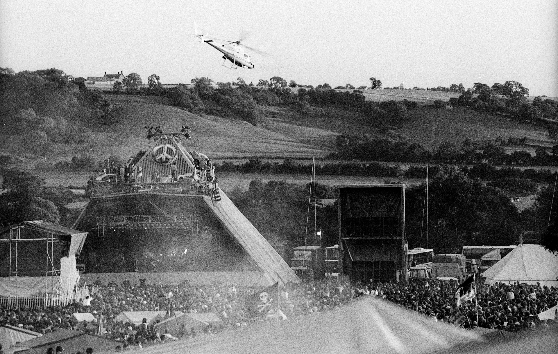 Pyramid Stage Glastonbury 1990